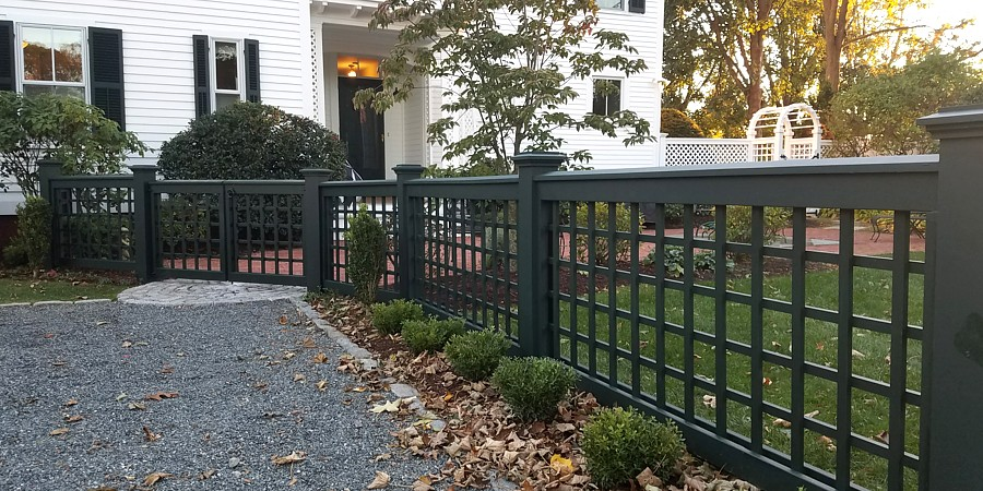 Square Lattice Fence